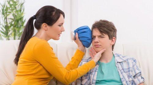 охлаждение лица после удара